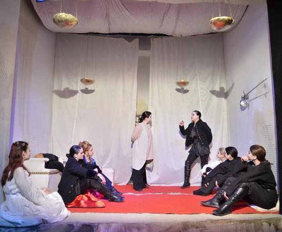 Teatru: Hamlet