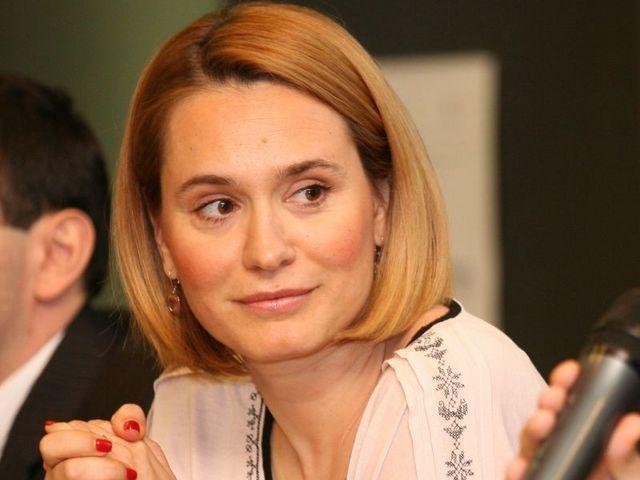 SÂRBU îşi deschide televiziune. ANDREEA ESCA rămâne în PRO TV? Răspunsul îl dă chiar ea!