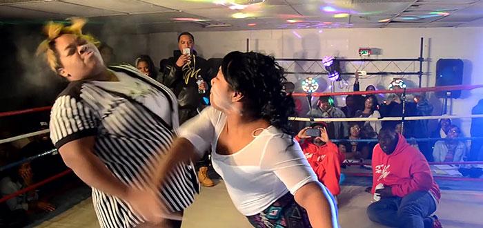 "Un nou ""sport"" face inconjurul lumii: Slap Fighting! Dai si astepti sa ti se dea"