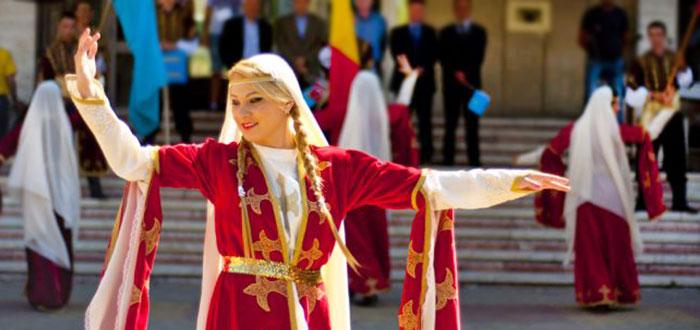 Festivalul Dansului, Cantecului si Portului Popular Turco – Tatar