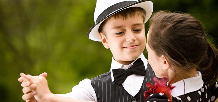 5 motive pentru care merita sa-ti inscrii copilul la LECTII DE DANS