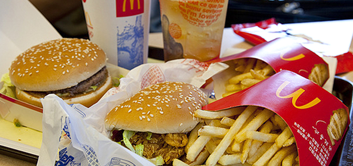 Did you know that McDonalds delivery service exists? Yep. Most common in New York City, McDonalds has a free delivery service. McDonalds created in , known as the McDonalds Bar B Que. Opened on Fourteenth and E streets in San Bernardino, California. This was your typical drive-in featuring a large menu and car hop service.