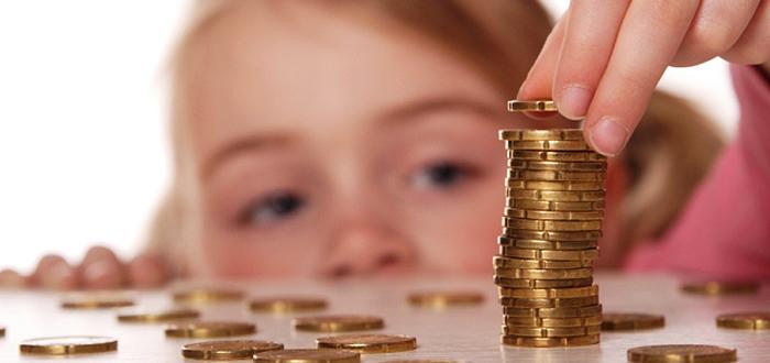 100 de euro pentru fiecare copil din Romania, pana la sfarsitul studiilor!