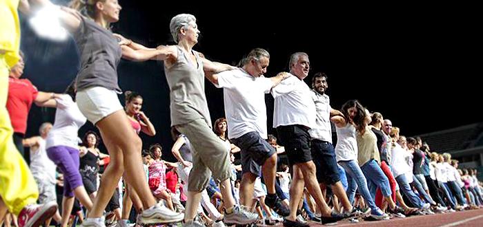 Cel mai mare Sirtaki din lume, dansat la Constanta pentru Cartea Recordurilor!