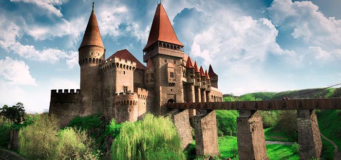 DISCOVERY realizează o producţie de realitate virtuală filmată în România