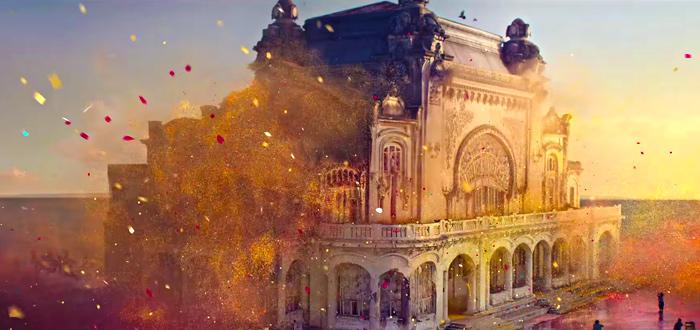 Cazinoul din Constanţa, readus la viaţă într-o reclamă! S-au folosit 4.000 de baloane şi peste o tonă de sclipici