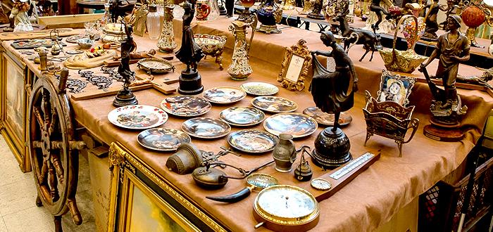 Antichităţi, nostalgie şi artă, la târgul CONSTANTA REVIVAL