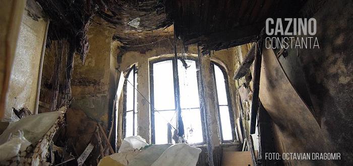 FOTO. Cât de distrus este CAZINOUL din Constanţa în interior!