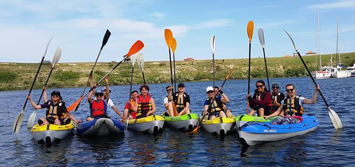 Duminică ești așteptat la o tură cu caiacele pe lacul Limanu, cu Dream Explorer