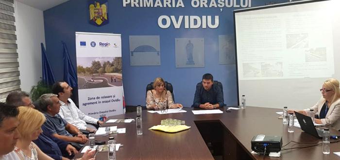 Primăria Ovidiu achiziționează, din fonduri europene, o ambulanță, microbuz special și o mașină de pompieri