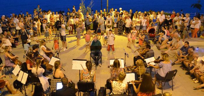 Concerte pe faleza Cazinoului din Constanța. Sunset Sea-mphony 2018