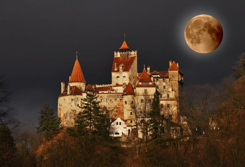 Halloween Adventure la Castelul Bran cu Dream Explorer