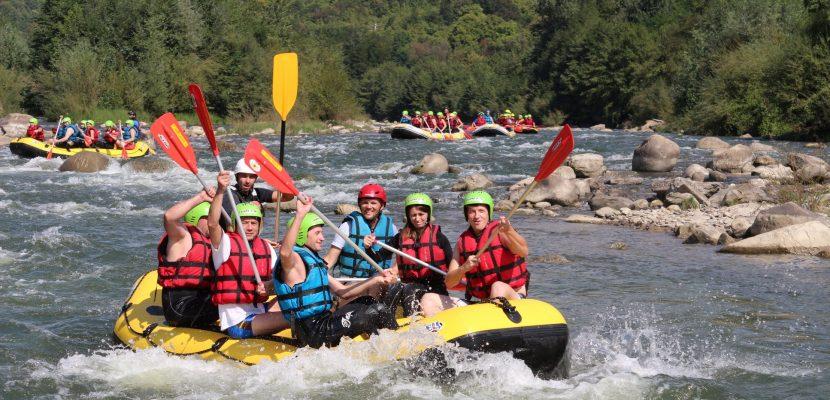 Rafting pe Buzău, vizită la cascada Pruncea, barajul Siriului & Vulcanii Noroioși cu Dream Explorer