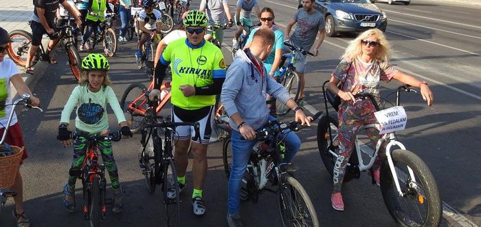 Sâmbătă se pedalează în familie prin Constanta și Mamaia
