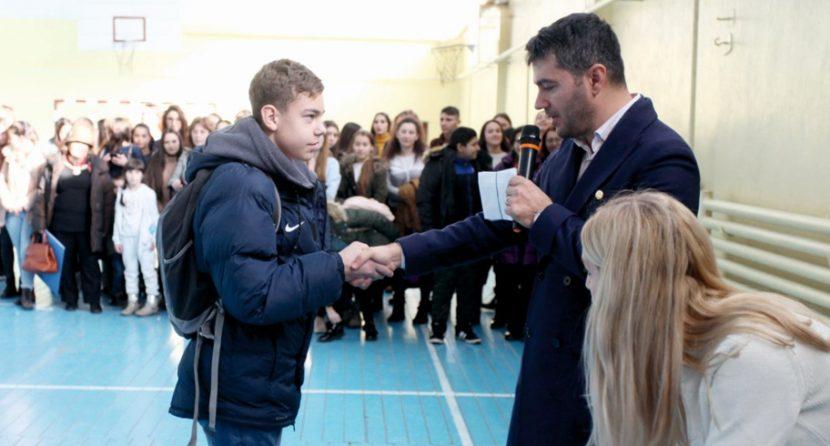 Primăria Ovidiu răsplătește rezultatele deosebite obținute de elevi și profesori